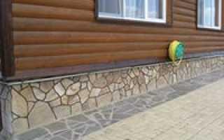 Облицовка цоколя дома натуральным камнем: виды, технология укладки
