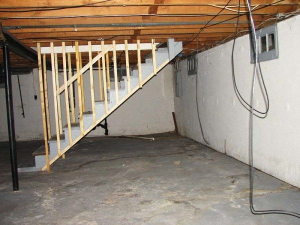 Бетонный пол значительно расширяет выбор вариантов использования помещения.