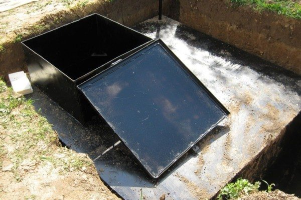 Фото железной погребницы