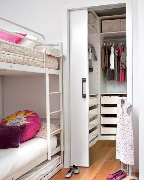 Как сделать из кладовки спальню?