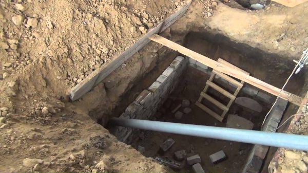 Чем перекрыть погреб?