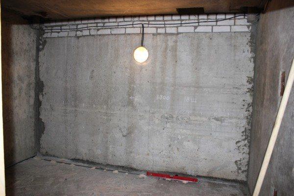 Подвал под гаражом может быть очень просторным