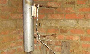 Приточная труба системы вентиляции – здесь расположена слишком высоко